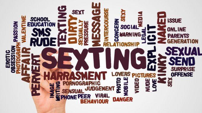 Sexting: cos'è, a che età e i rischi e come prevenire